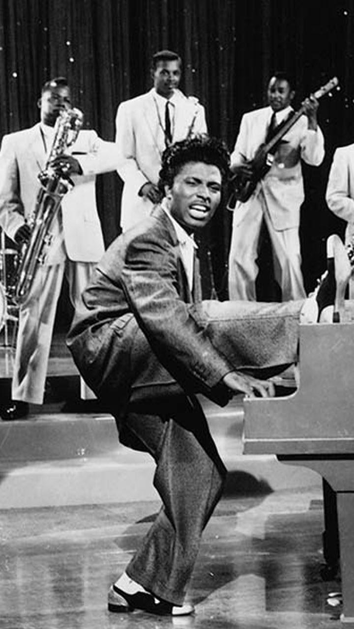 Legendary Rock 'n' Roll Pioneer Little Richard Dies at Age 87