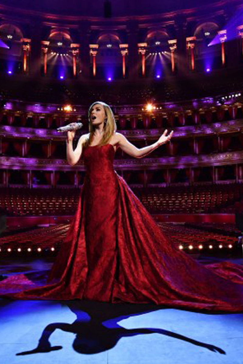 Opera Star Sings Britain's VE Day Hits From An Empty Albert Hall