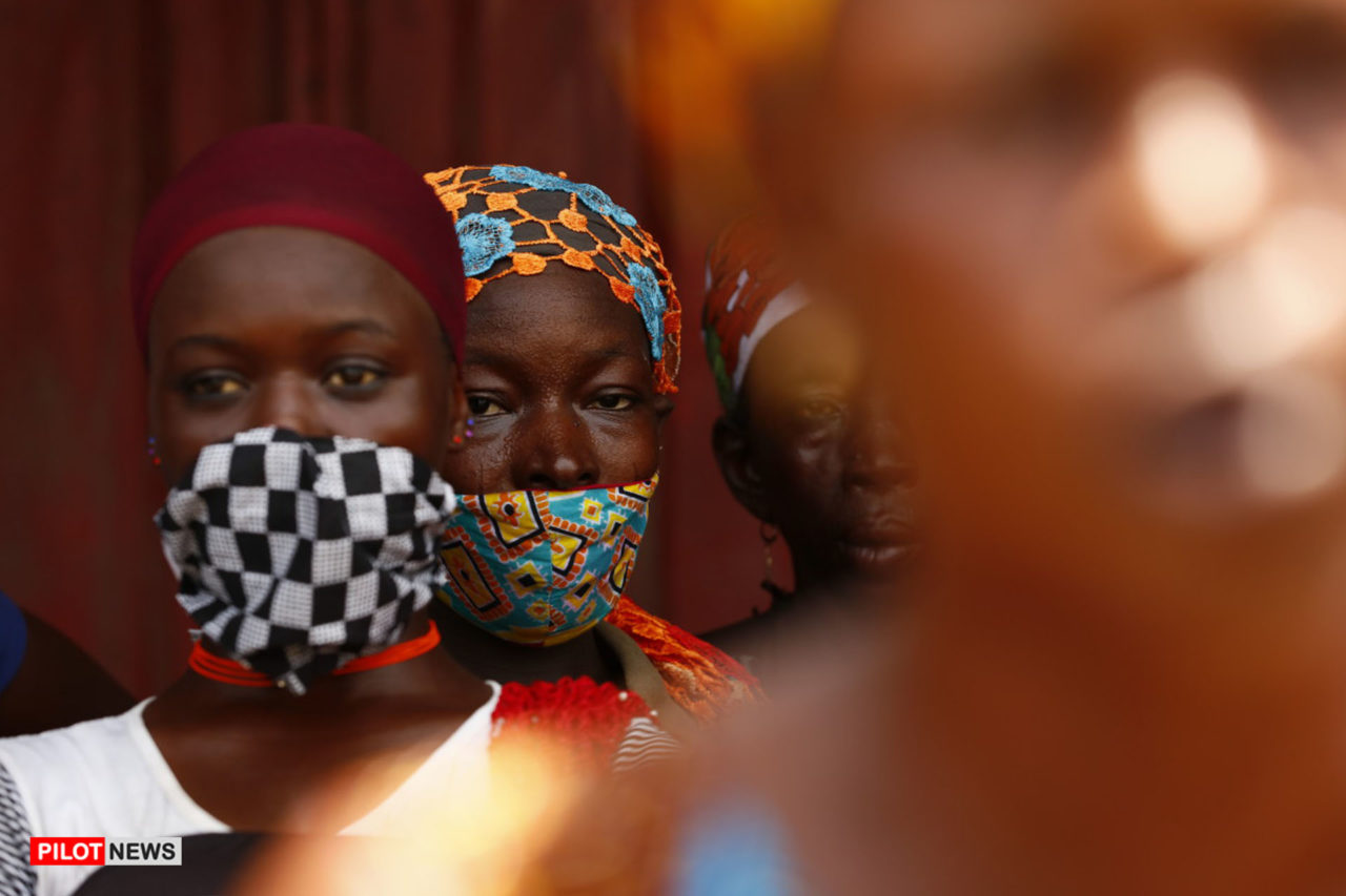 https://www.westafricanpilotnews.com/wp-content/uploads/2020/05/Ghana-kayayei-secondhand-market-ghana-covid-05-09-20-1280x853.jpg