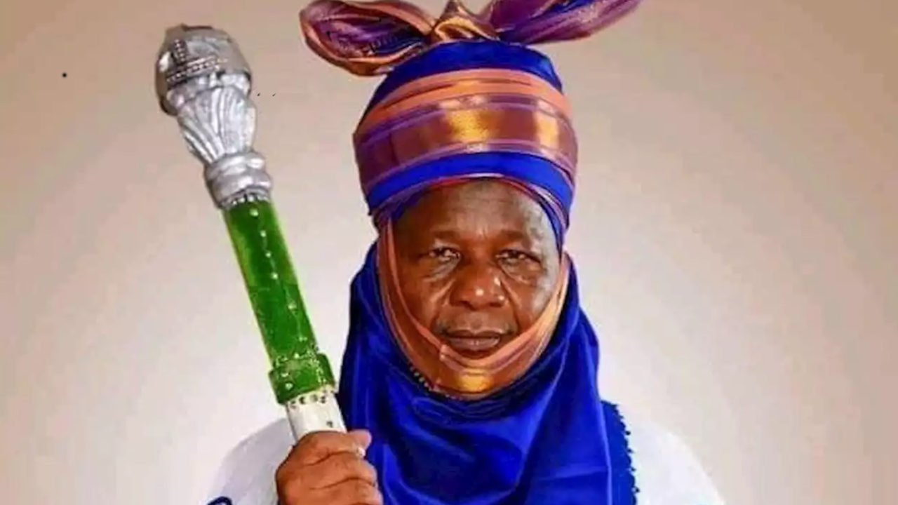 https://www.westafricanpilotnews.com/wp-content/uploads/2020/05/Zamfara_Emir-Kaura-Namoda-anusi-Mohammed-05-26-20-1280x720.jpg