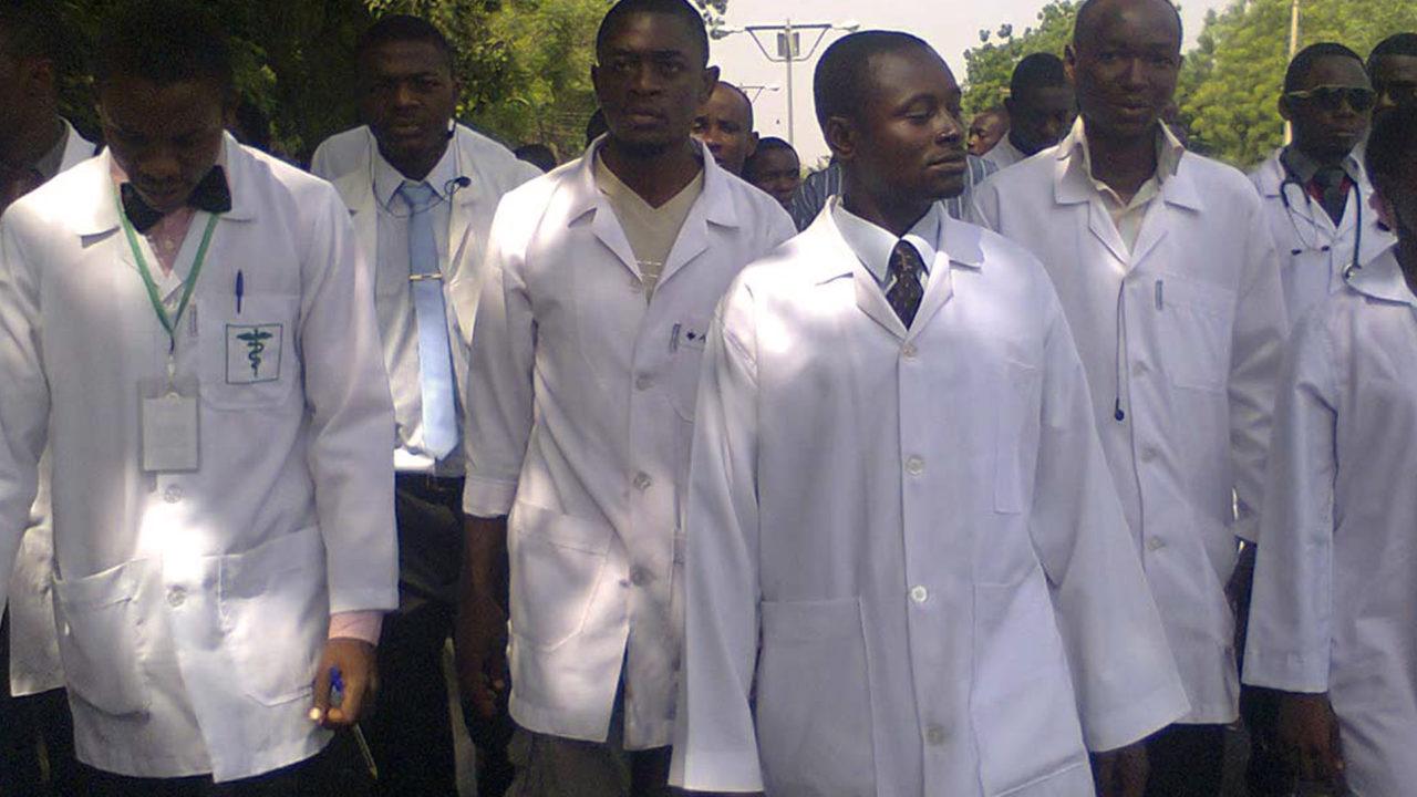 https://www.westafricanpilotnews.com/wp-content/uploads/2020/06/Bayelsa-Resident-Doctors-06-1280x720.jpg