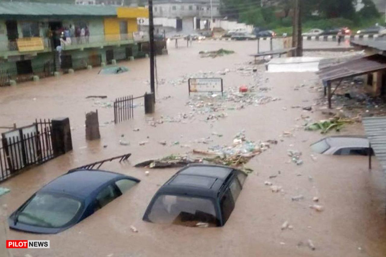 https://www.westafricanpilotnews.com/wp-content/uploads/2020/07/Flooding-Abiokuta-Ogun-River-flood-07-04-20-1280x853.jpg