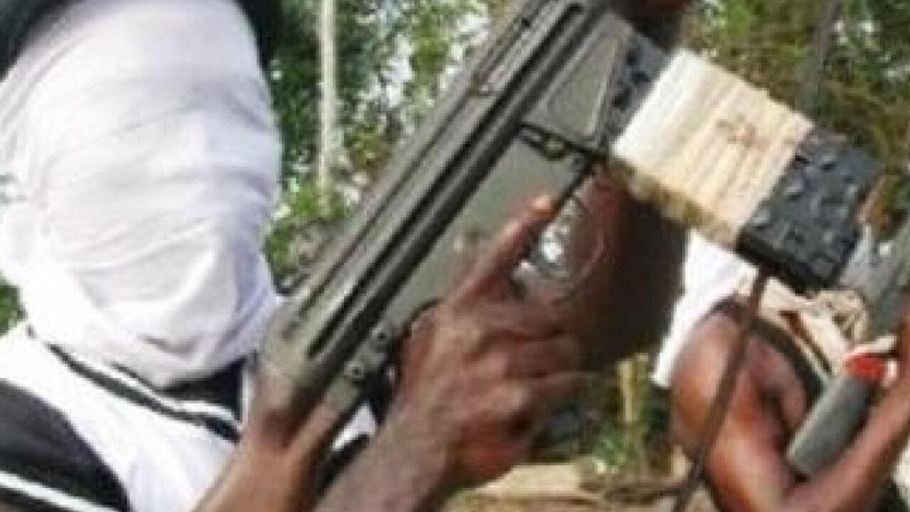 https://www.westafricanpilotnews.com/wp-content/uploads/2020/08/Gunmen-File-photo-of-typical-gunmen-in-Nigeria_8-31-1280x720.jpg