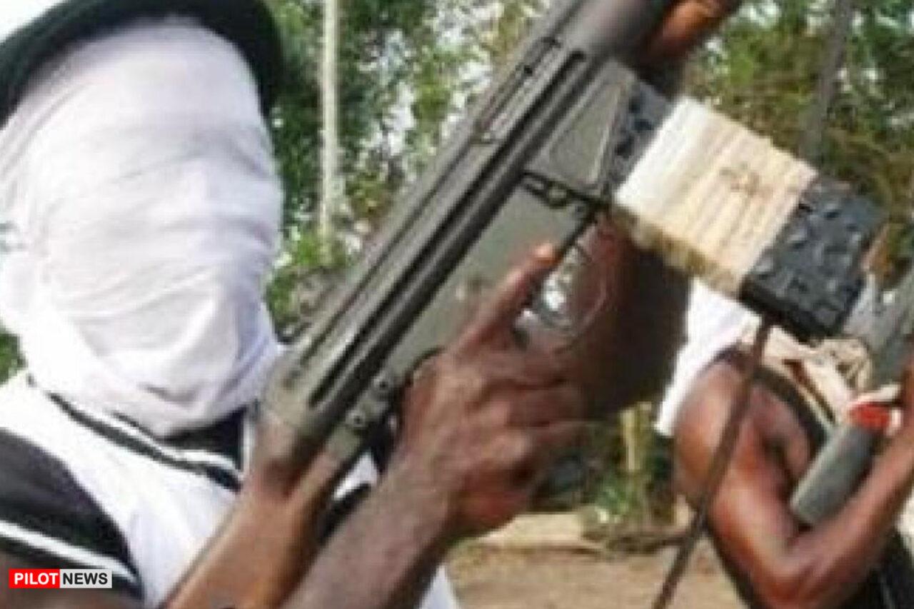https://www.westafricanpilotnews.com/wp-content/uploads/2020/08/Gunmen-File-photo-of-typical-gunmen-in-Nigeria_8-31-1280x853.jpg
