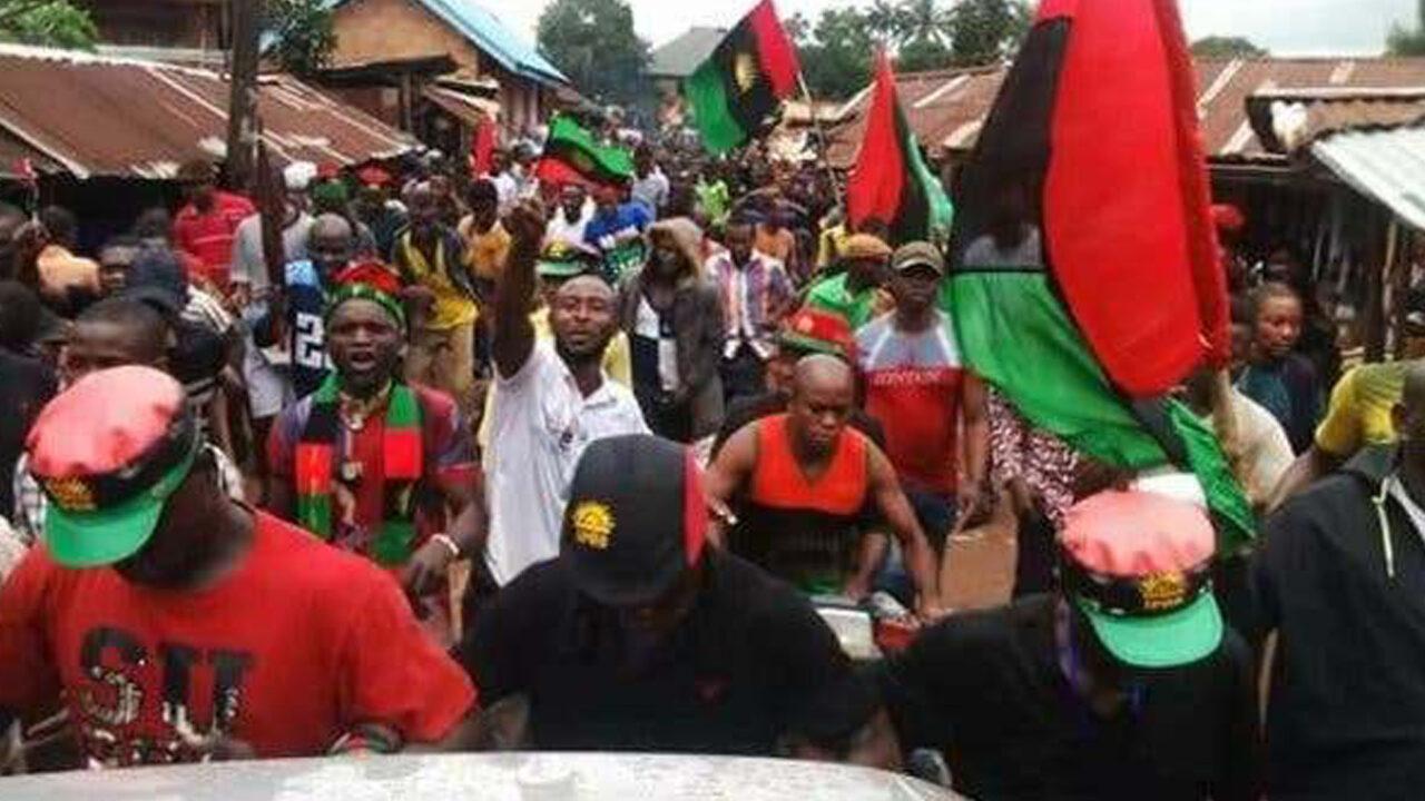 https://www.westafricanpilotnews.com/wp-content/uploads/2020/08/IPOB-members-Clash-with-Police-in-Enugu-08-23-20-1280x720.jpg