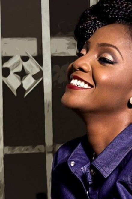 """If U Cannot Do the Job,"" Get the F…k – Simi Tells Buhari"