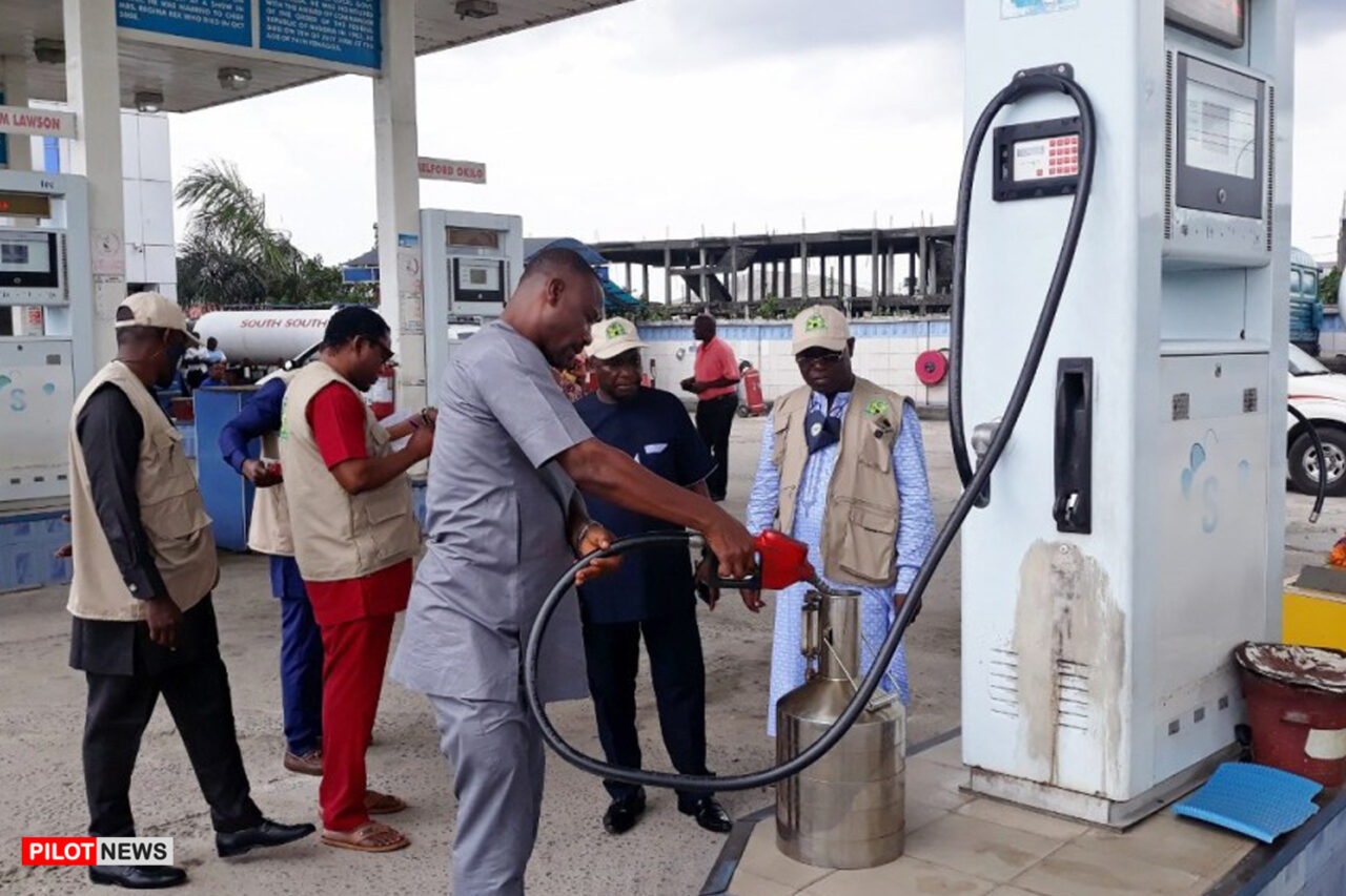 https://www.westafricanpilotnews.com/wp-content/uploads/2020/10/Petrol-Filling-State-10-3-20-1280x853.jpg