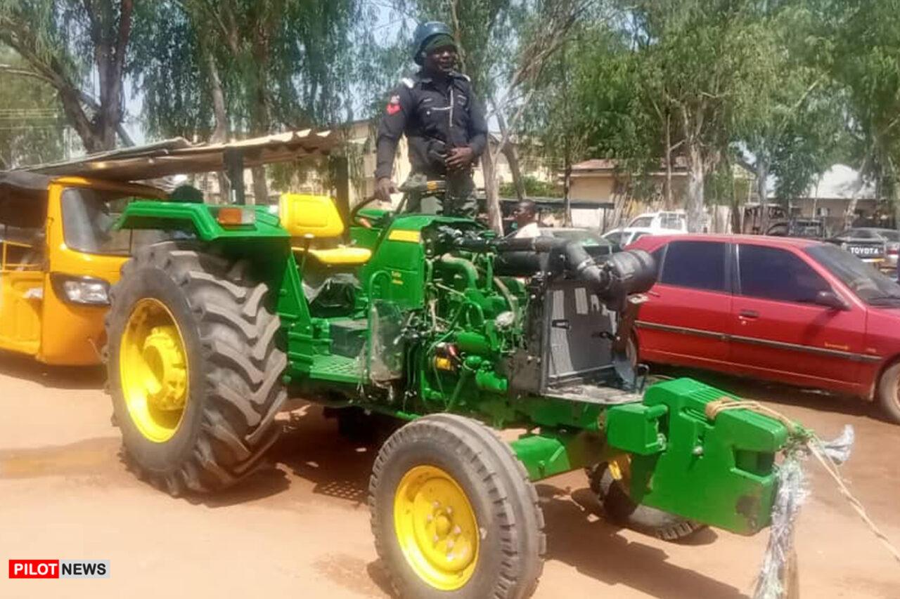 https://www.westafricanpilotnews.com/wp-content/uploads/2020/11/Adamawa-EndSARS-Looting-Tractors-10-27-20-1280x853.jpg