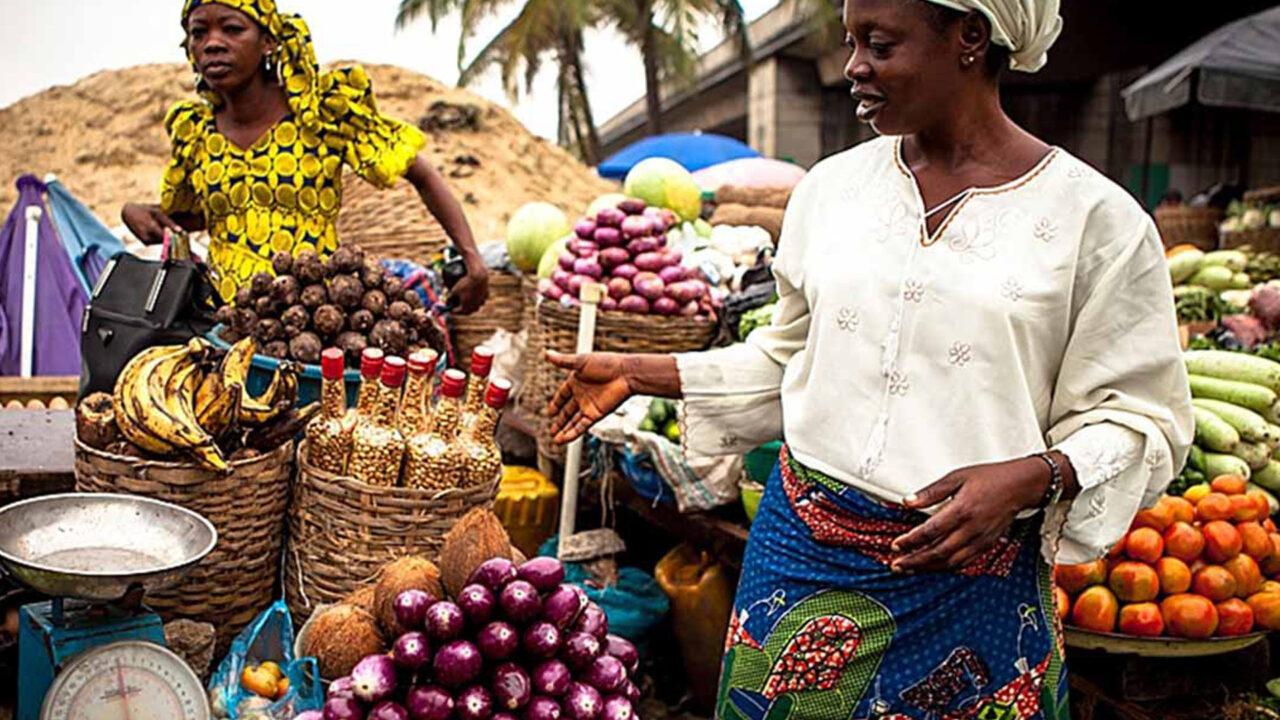 https://www.westafricanpilotnews.com/wp-content/uploads/2020/11/Food-Prices-Abuja-Market-Women-11-28-20-1280x720.jpg