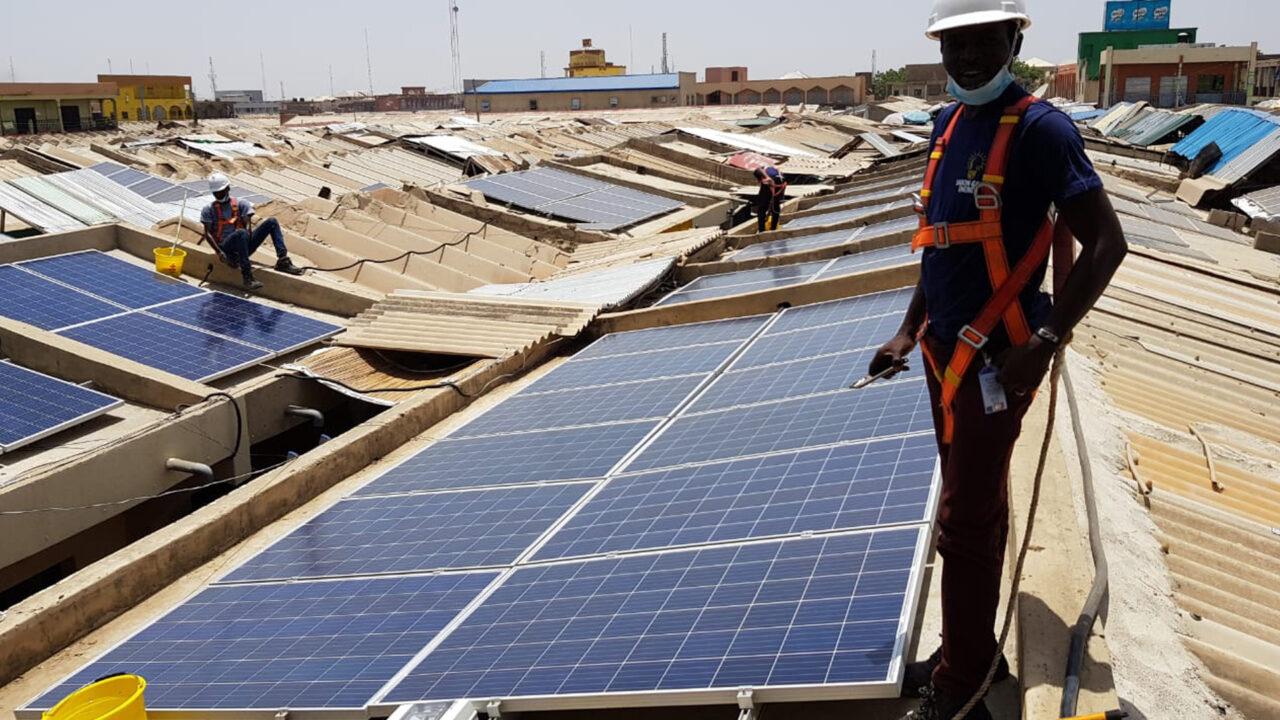 https://www.westafricanpilotnews.com/wp-content/uploads/2020/11/Solar-Energy-PVpannels_11-29-20-1280x720.jpg