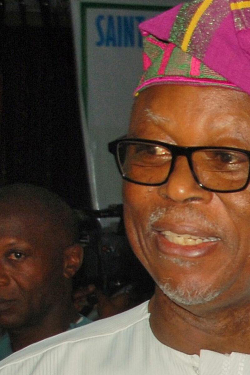 Give Nigerians Change, Oyegun Tells FG