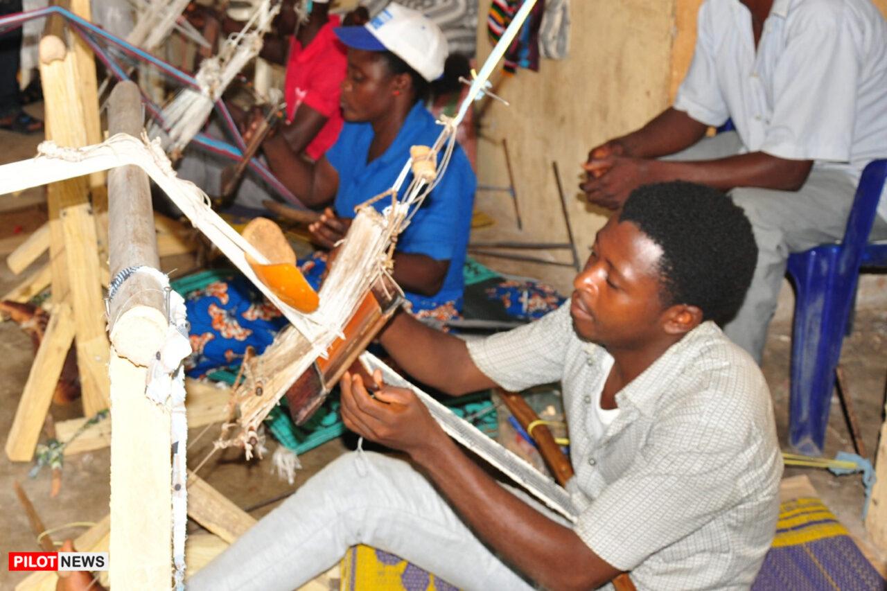 https://www.westafricanpilotnews.com/wp-content/uploads/2020/12/Jobs-Taraba-State-Youth-Skills-Training-12-1-20-1280x853.jpg