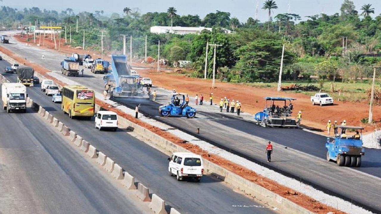 https://www.westafricanpilotnews.com/wp-content/uploads/2021/01/Roads-Lagos-Ibadan-Expressway-construction-1-17-21-1280x720.jpg