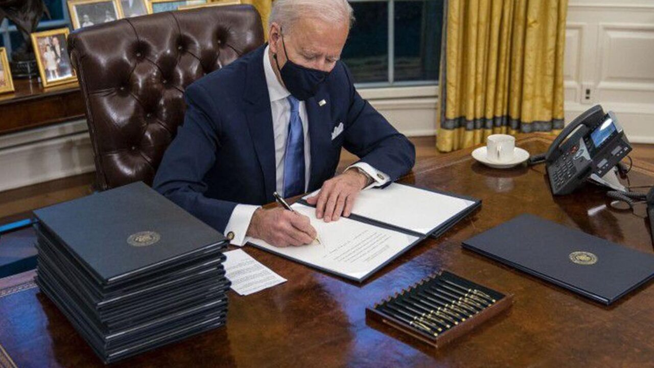 https://www.westafricanpilotnews.com/wp-content/uploads/2021/01/US-Joe_Biden_signs_executive_orders_on_first_1-21-21-1280x720.jpg