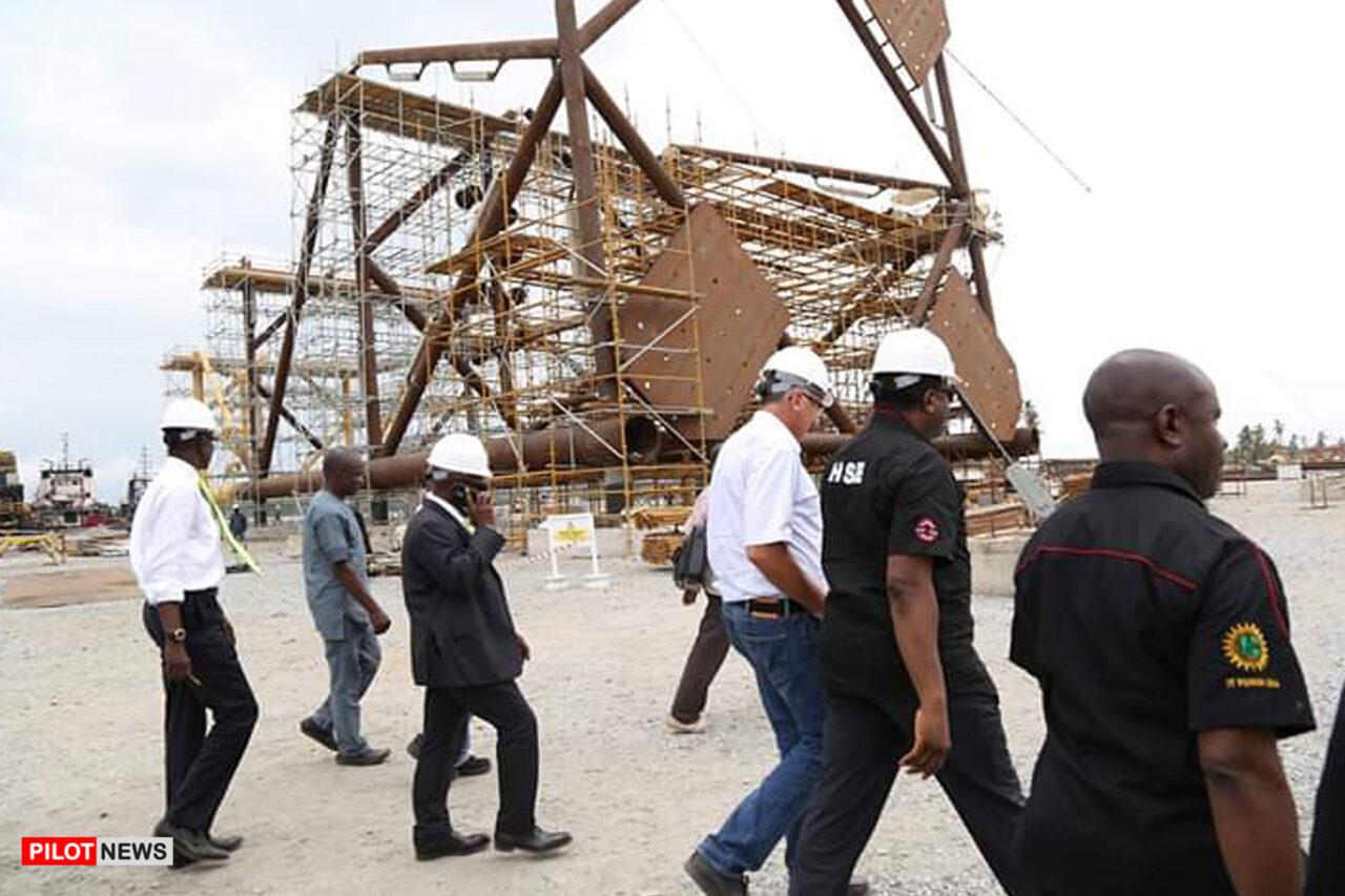 https://www.westafricanpilotnews.com/wp-content/uploads/2021/02/Oil-and-Gas-KAZTECH-Fabrication-Yard-Snake-Island-Lagos-2-22-21-File-Photo_3-1280x853.jpg