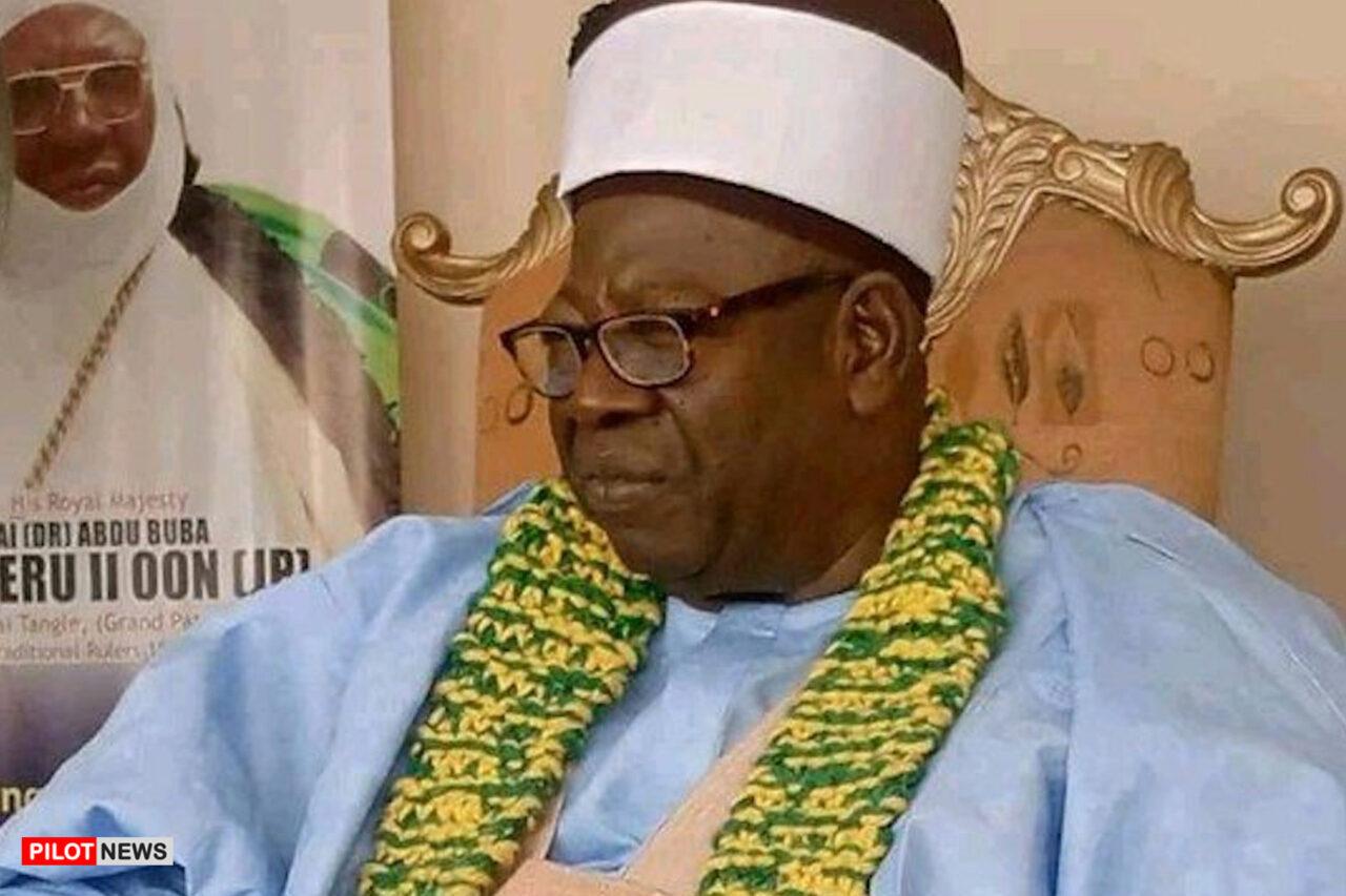 https://www.westafricanpilotnews.com/wp-content/uploads/2021/02/Tradition-Late-Mai-Tangle-of-Biliri-Dr-Abdu-Buba-Maisheru-II-2-21-21-1280x853.jpg