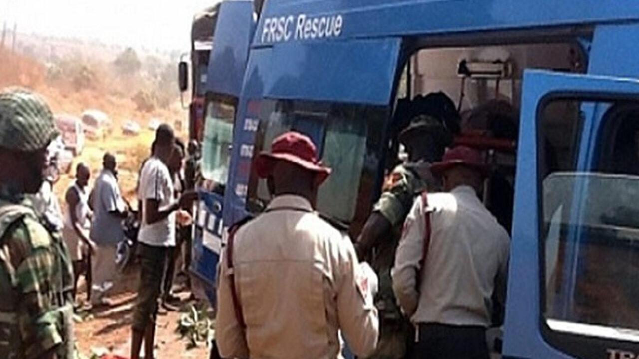 https://www.westafricanpilotnews.com/wp-content/uploads/2021/03/Accident-Road-accident-along-bauchi-kano-highway-2-28-21-1280x720.jpg