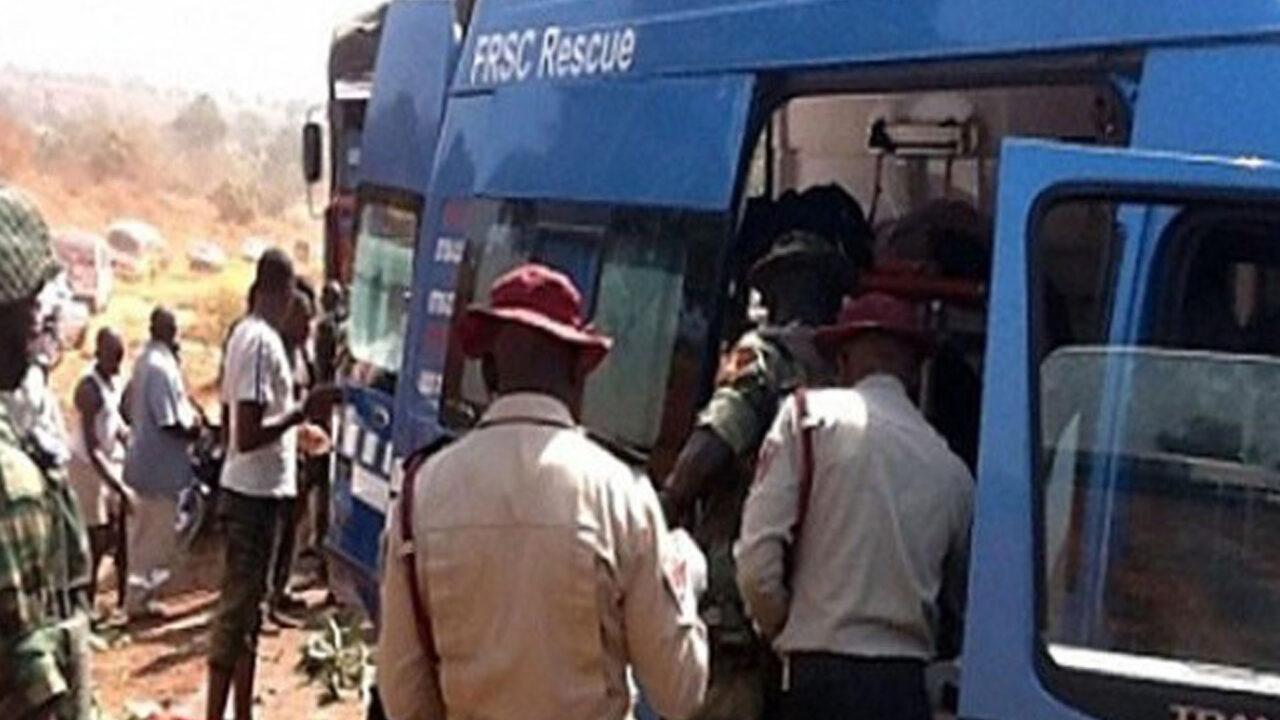 https://www.westafricanpilotnews.com/wp-content/uploads/2021/03/FRSC-at-a-road-accident-scene-3-14-21_File-1280x720.jpg