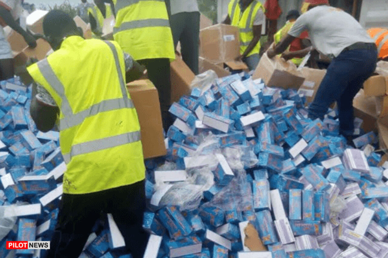 https://www.westafricanpilotnews.com/wp-content/uploads/2021/03/NAFDAC-destroy-fake-drugs-3-15-21-1280x853.jpg