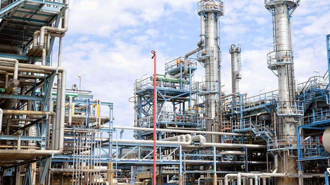 https://www.westafricanpilotnews.com/wp-content/uploads/2021/03/Refinary-Port-Harcourt-Refinery-for-Renovation-3-17-21_File-Photo-1280x720.jpg