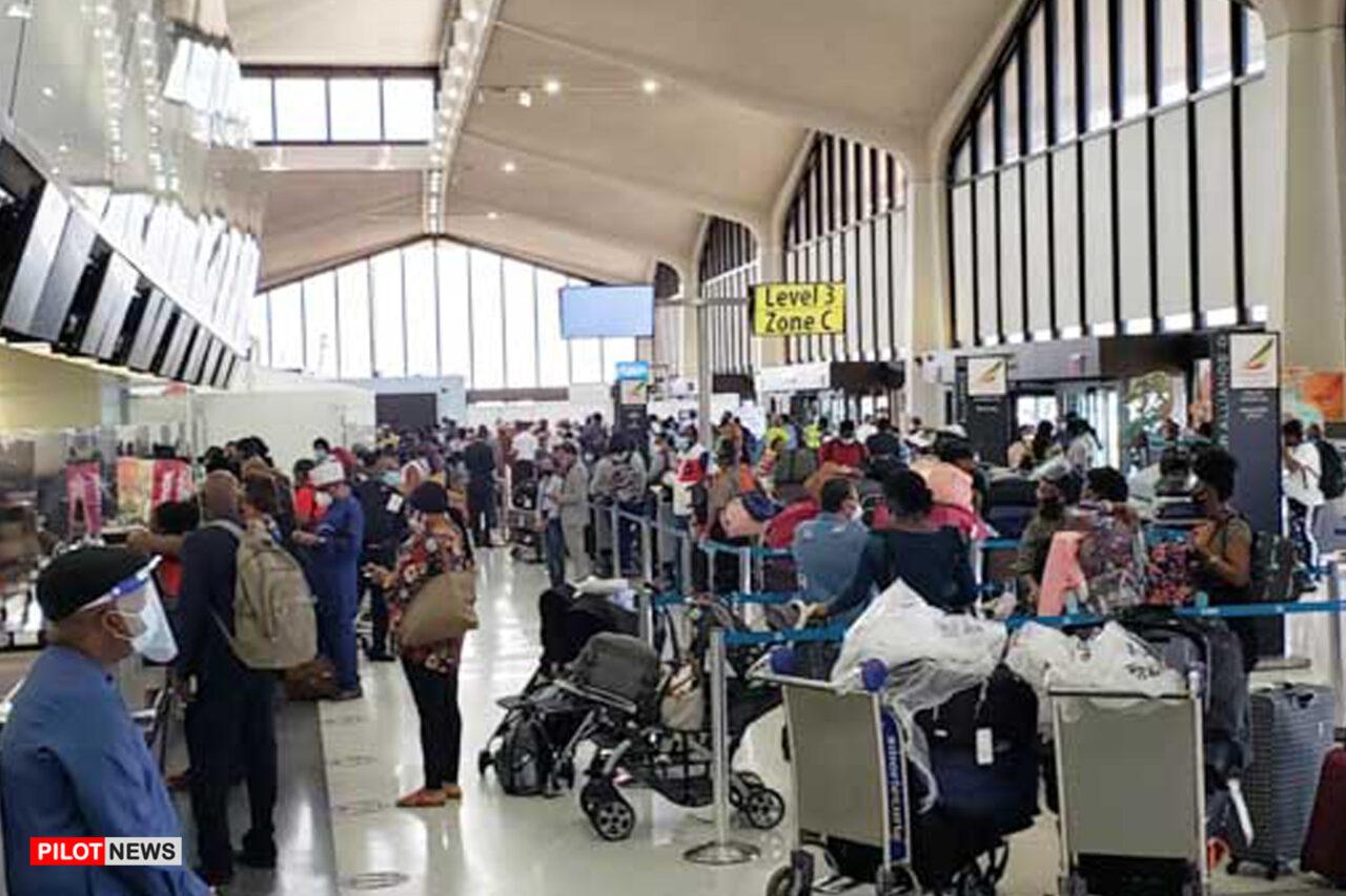 https://www.westafricanpilotnews.com/wp-content/uploads/2021/04/Airport-Passengers-arrive-Nnamdi-Azikiwe-International-Airport-Abuja-4-2-21_File-1280x853.jpg