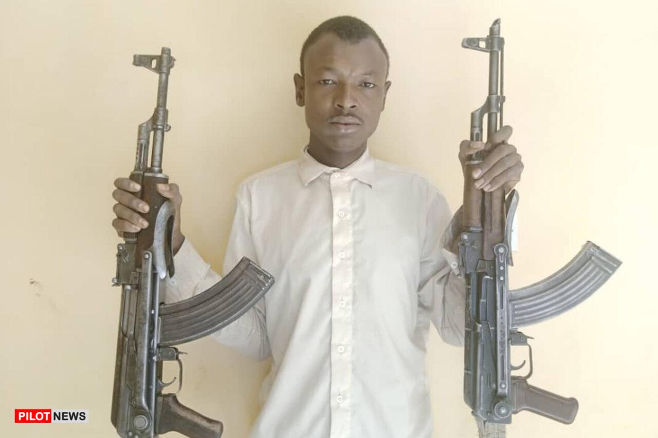 https://www.westafricanpilotnews.com/wp-content/uploads/2021/04/Kidnapper-Abubakar-Musa-Arrested-in-Kano-4-6-21-1280x853.jpg
