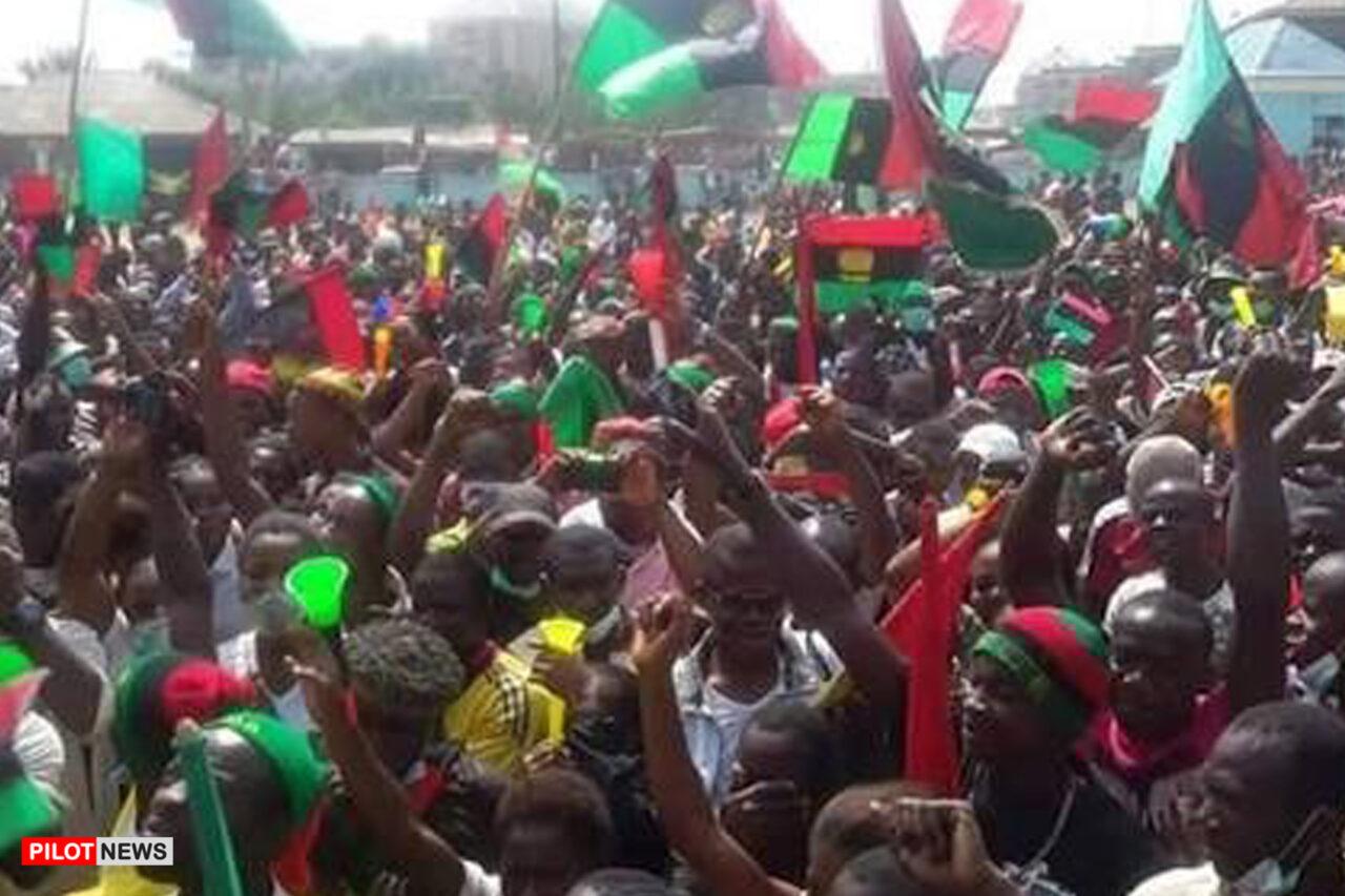 https://www.westafricanpilotnews.com/wp-content/uploads/2021/05/IPOB-Mass-protest_File-Photo-1280x853.jpg