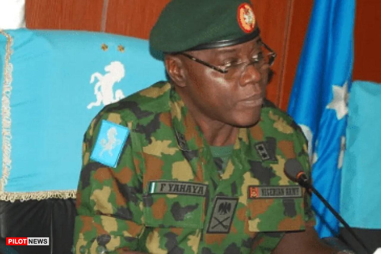 https://www.westafricanpilotnews.com/wp-content/uploads/2021/05/Major-General-Farouk-Yahaya-New-Army-Chief-of-Staff-5-27-21-1280x853.jpg