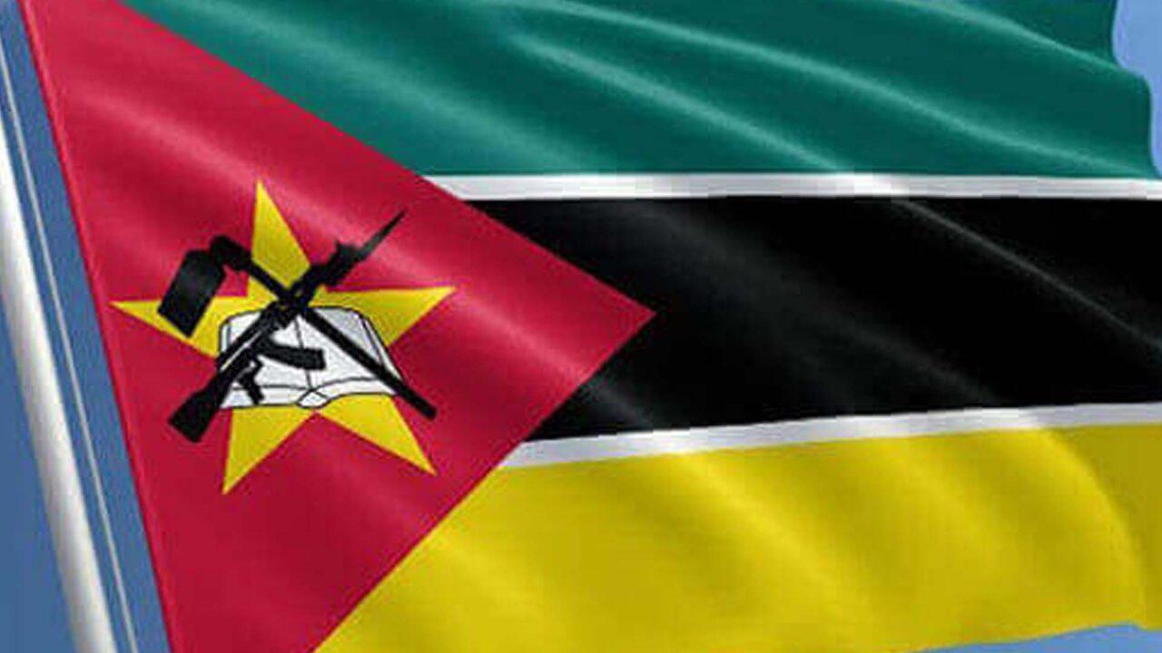https://www.westafricanpilotnews.com/wp-content/uploads/2021/05/Mozambique-flag_File-1280x720.jpg