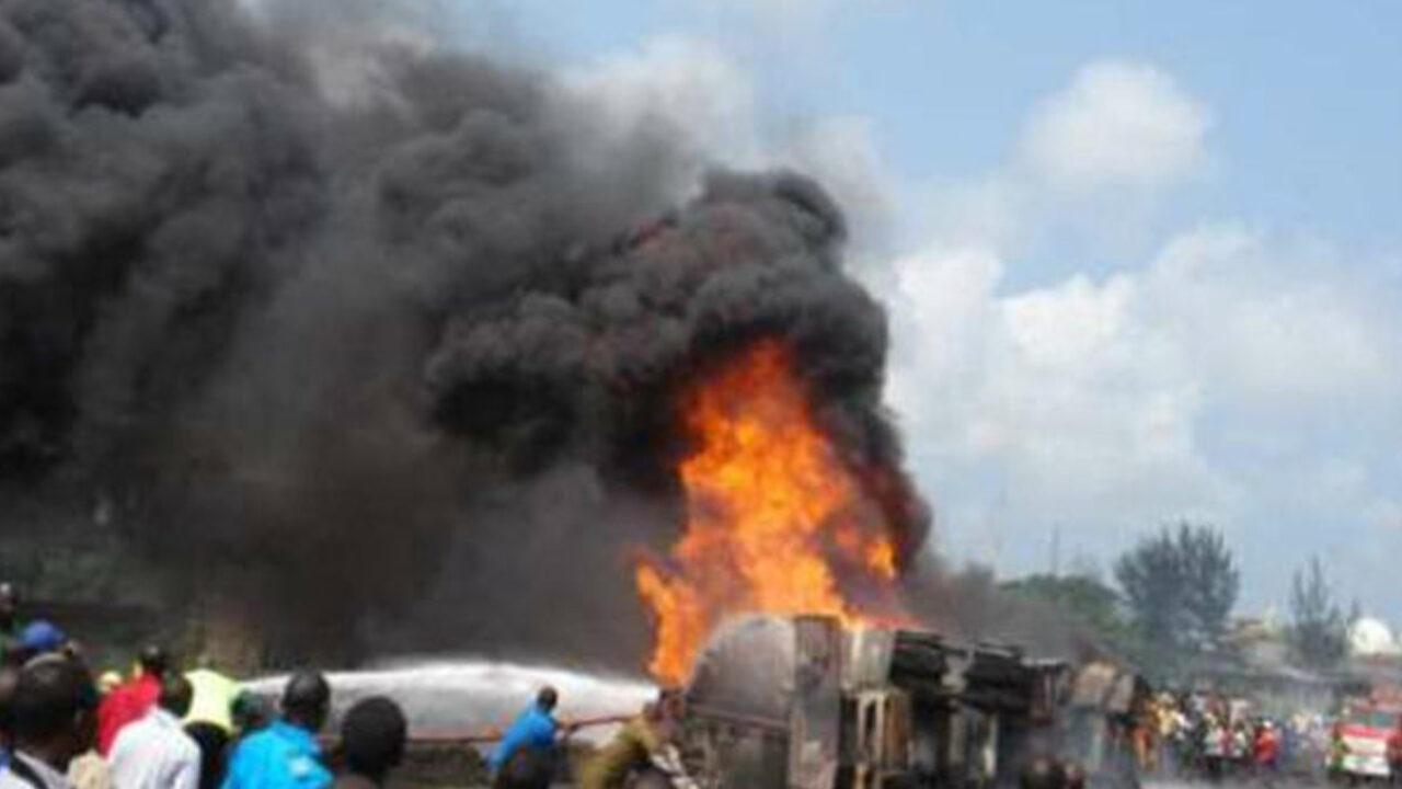 https://www.westafricanpilotnews.com/wp-content/uploads/2021/05/Tanker-explodes-in-Kano-5-23-21-1280x720.jpg