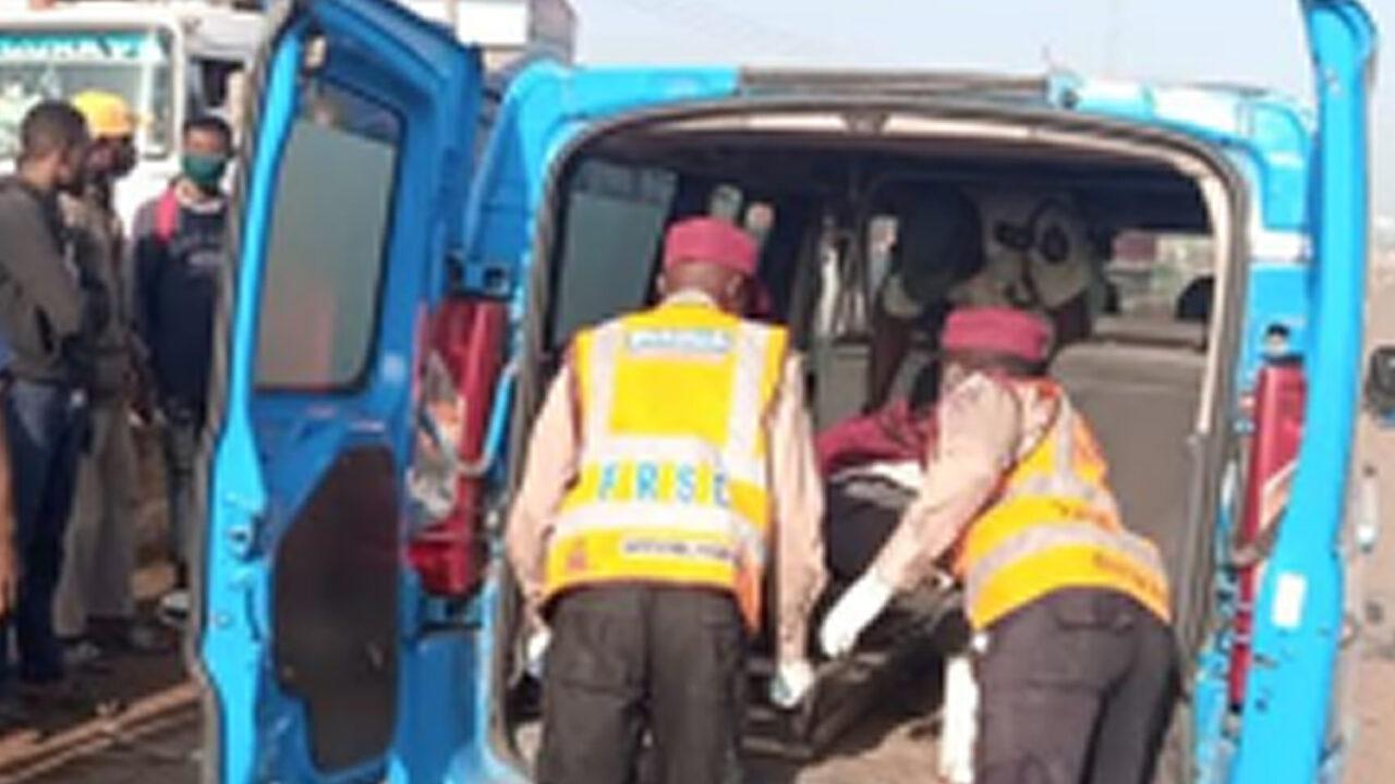 https://www.westafricanpilotnews.com/wp-content/uploads/2021/06/Accident-Gbangun-Ibadan-expressway-6-27-21-1280x720.jpg