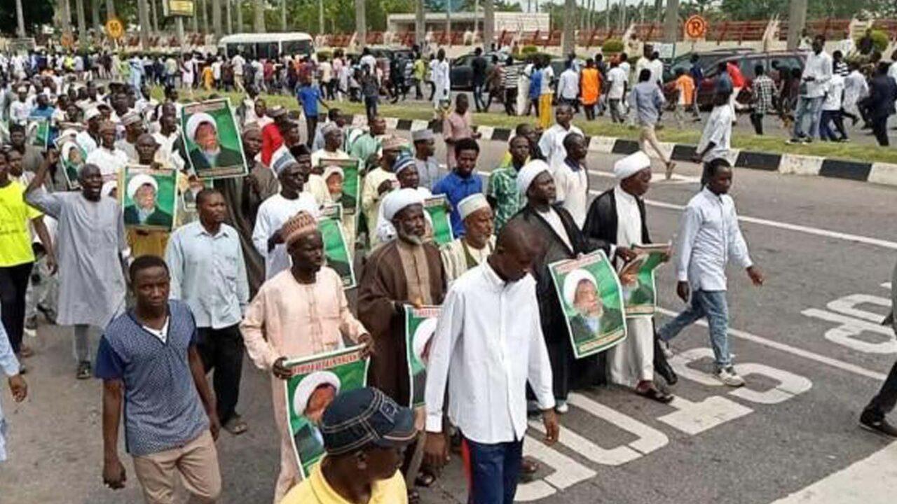 https://www.westafricanpilotnews.com/wp-content/uploads/2021/06/Shia-Islamic-Movement_Nigeria_in-protest_File-1280x720.jpg