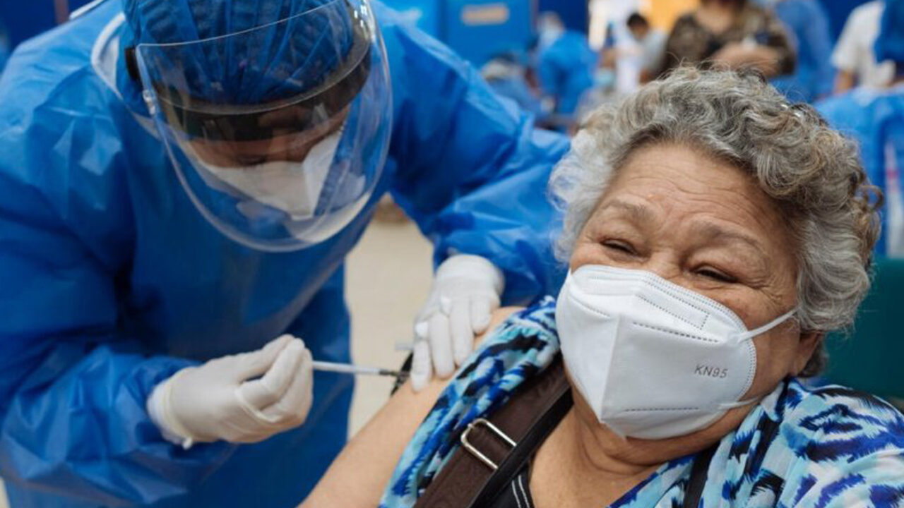 https://www.westafricanpilotnews.com/wp-content/uploads/2021/06/UNHCR-Makes-COVID-19-Vaccine-available-to-Refugee_File-1280x720.jpg