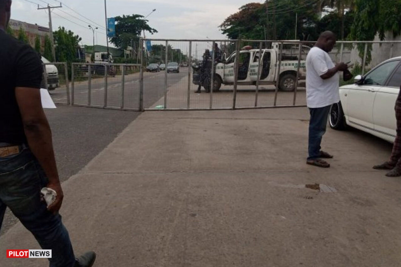 https://www.westafricanpilotnews.com/wp-content/uploads/2021/07/A-deserted-streetduring-todays-local-government-election-in-Lagos-state-1280x853.jpg