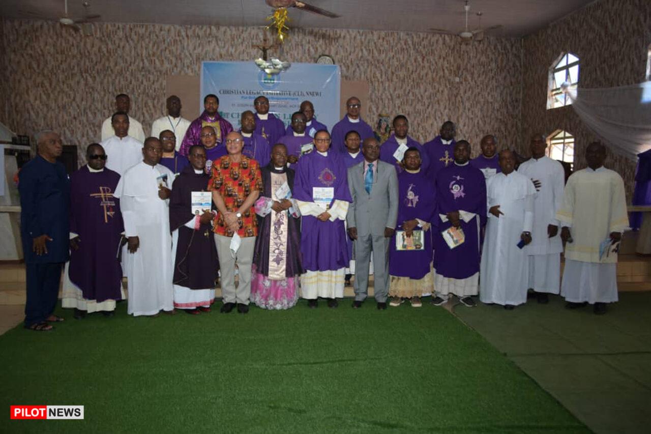 https://www.westafricanpilotnews.com/wp-content/uploads/2021/08/Christian-Legacy-Initiative-C.L.I-Nnewi-Lecture-Serices-group-photo_WAP-1280x853.jpg