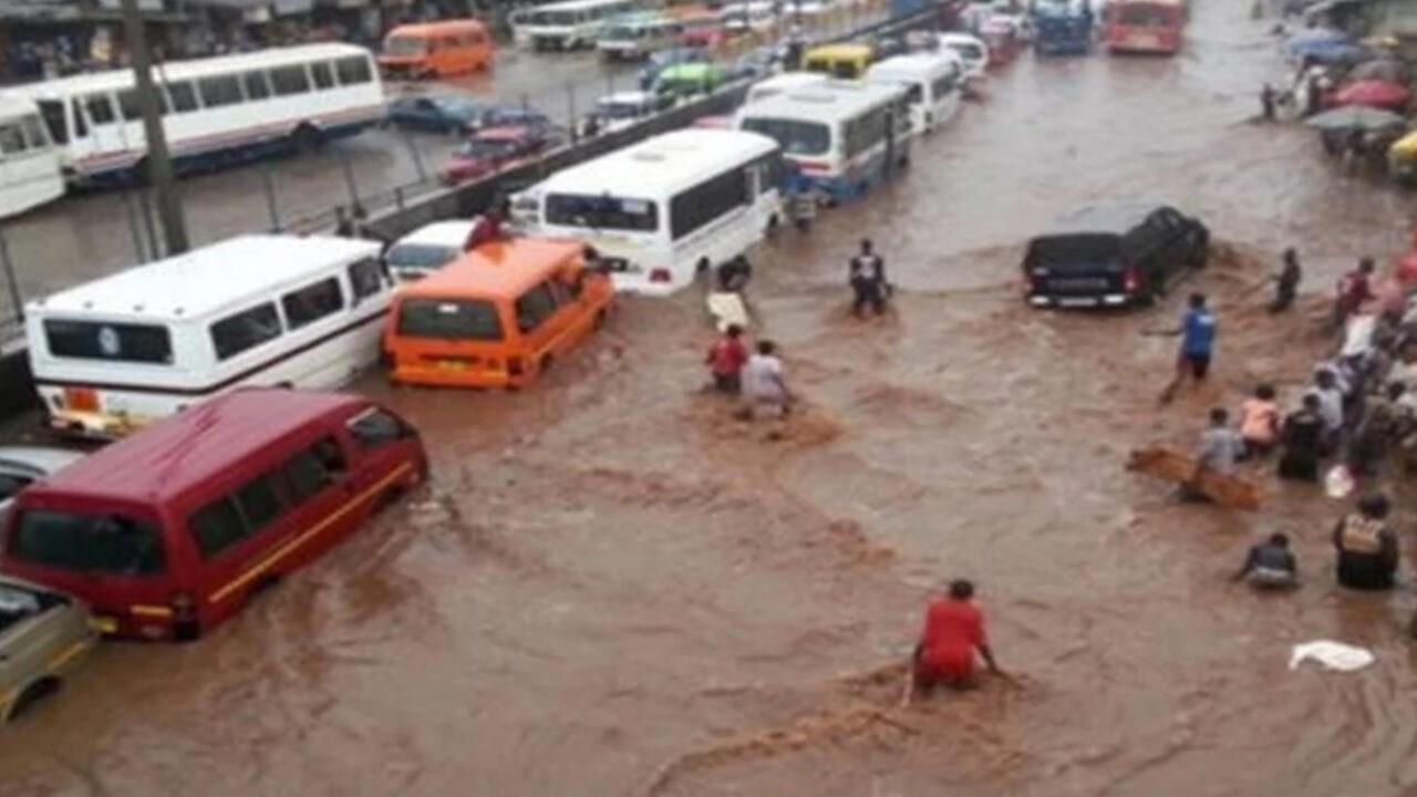 https://www.westafricanpilotnews.com/wp-content/uploads/2021/08/Flood-in-July-2021-kills-26-destroys-1000-houses-in-Kano-State-–-SEMA-1280x720.jpg
