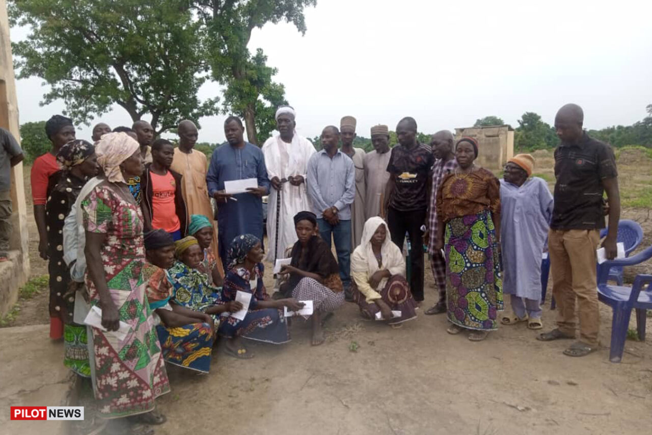 https://www.westafricanpilotnews.com/wp-content/uploads/2021/08/Victims-Dabna-community-killings_WAP-1280x853.jpg