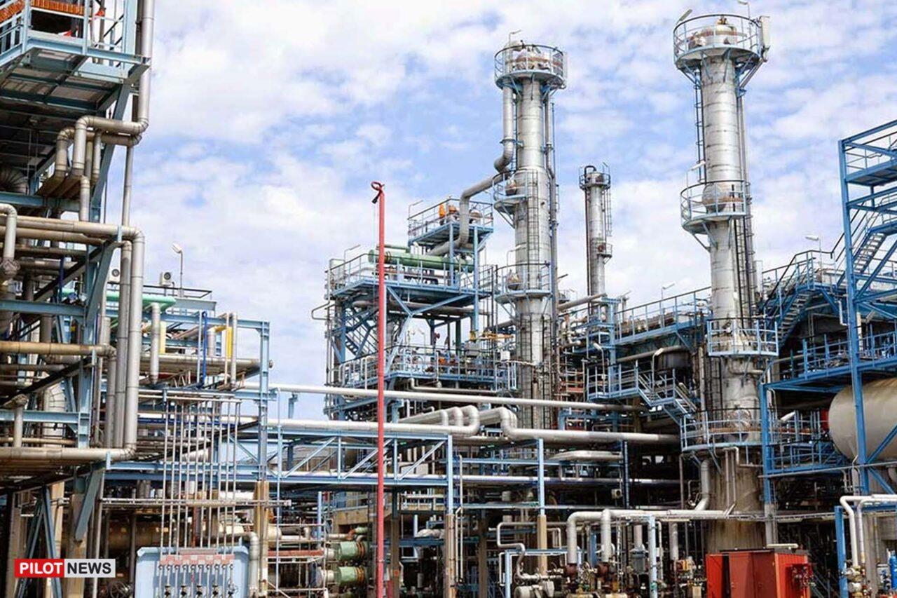 https://www.westafricanpilotnews.com/wp-content/uploads/2021/08/Warri-refinery-file-1280x853.jpg
