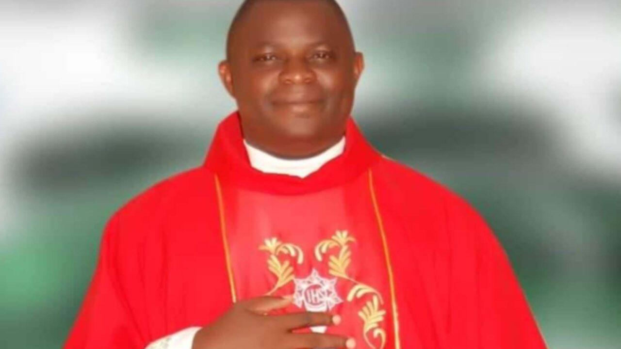 https://www.westafricanpilotnews.com/wp-content/uploads/2021/09/Rev-Fr-Luke-Benson-Yakusak-kidnapped-9-14-21-1280x720.jpg