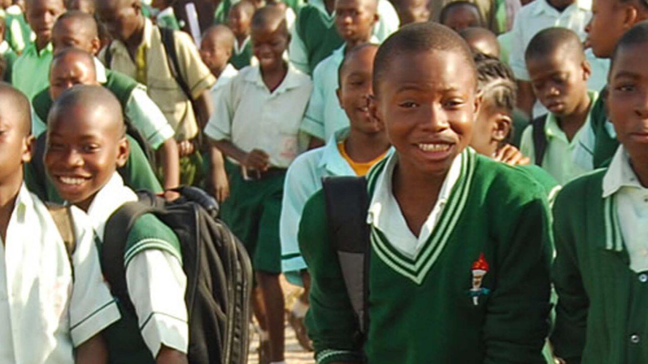 https://www.westafricanpilotnews.com/wp-content/uploads/2021/09/School-students_File_2-1280x720.jpg