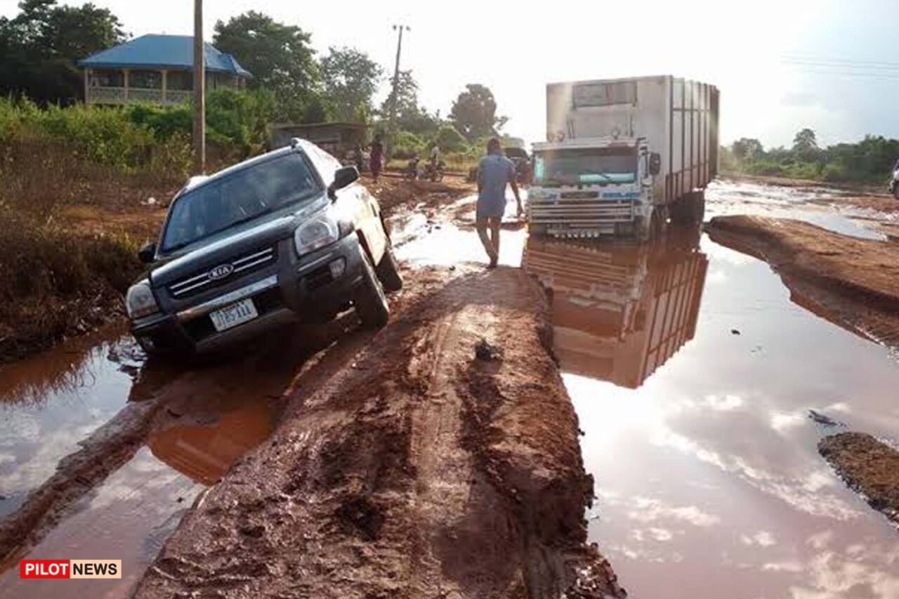 https://www.westafricanpilotnews.com/wp-content/uploads/2021/09/South-East-Enugu-Onitsha-federal-road_file-1280x853.jpg