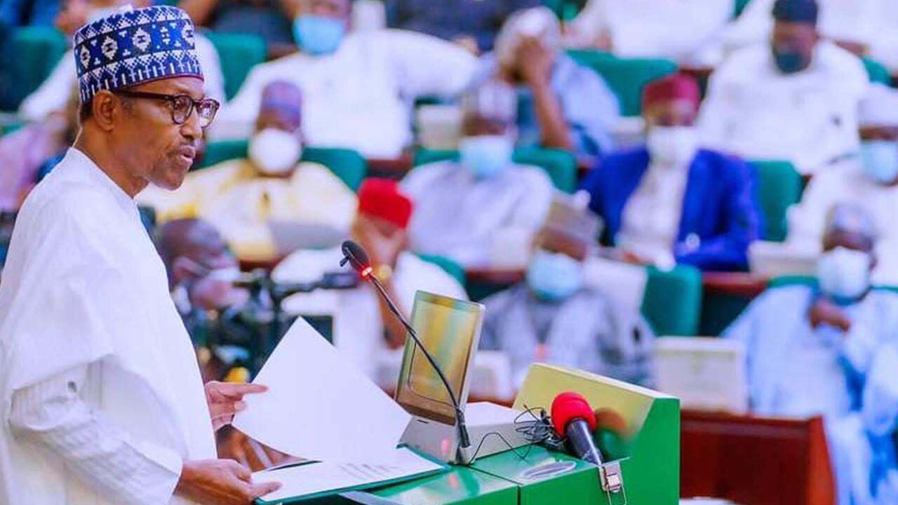 https://www.westafricanpilotnews.com/wp-content/uploads/2021/10/Buhari-presents-N16.3trn-Budget-to-National-Assembly-10-7-21-1280x720.jpg
